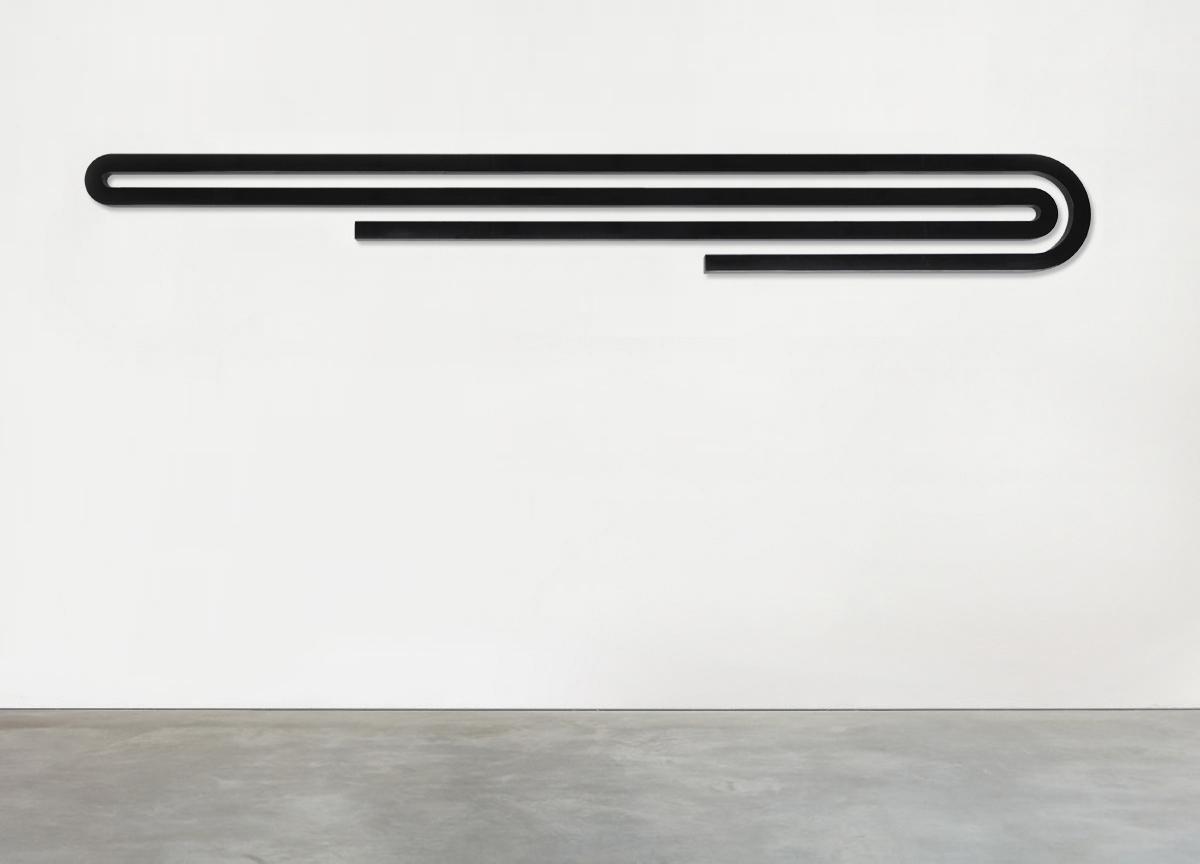 black stripe, 2017 painted raw aluminum block, 40 X 335 X 3 cm - ratio 1:7