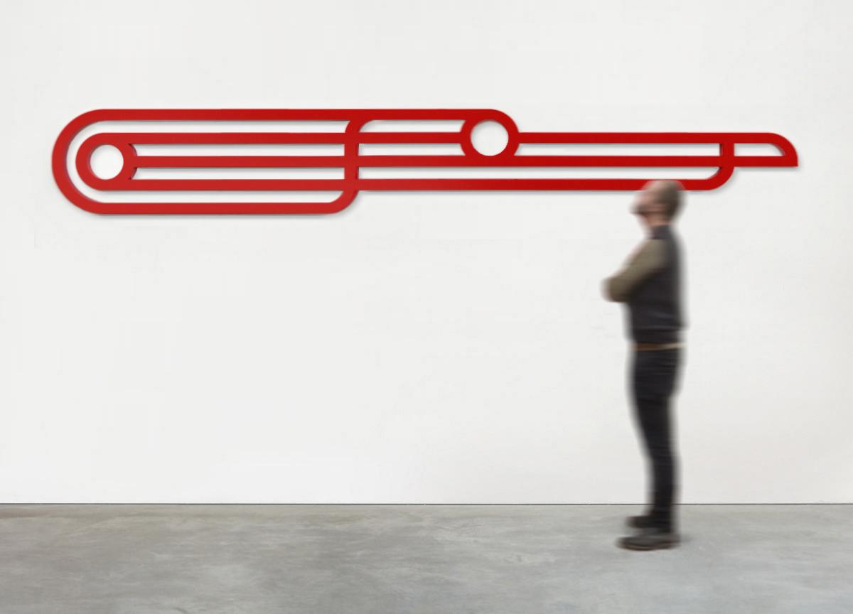 red track, 2017 painted raw aluminum block, 50 X 345 X 3 cm - ratio 1:7