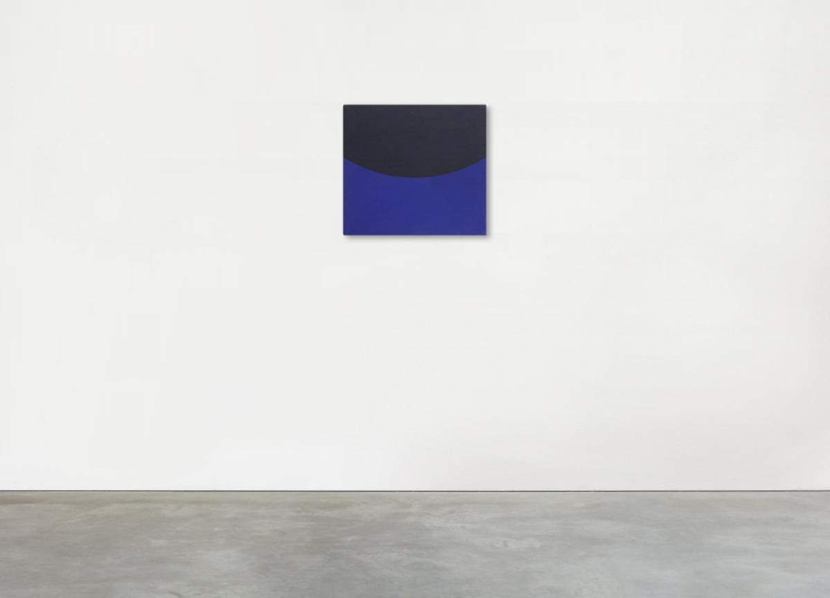 black on blue, 2017 oil on canvas, 46 X 50 cm